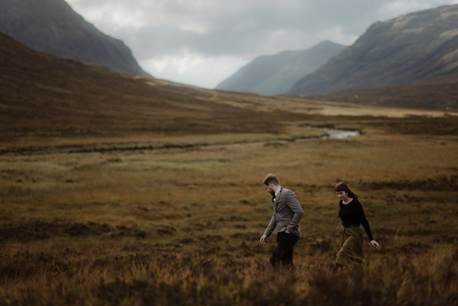 couple exploring glencoe