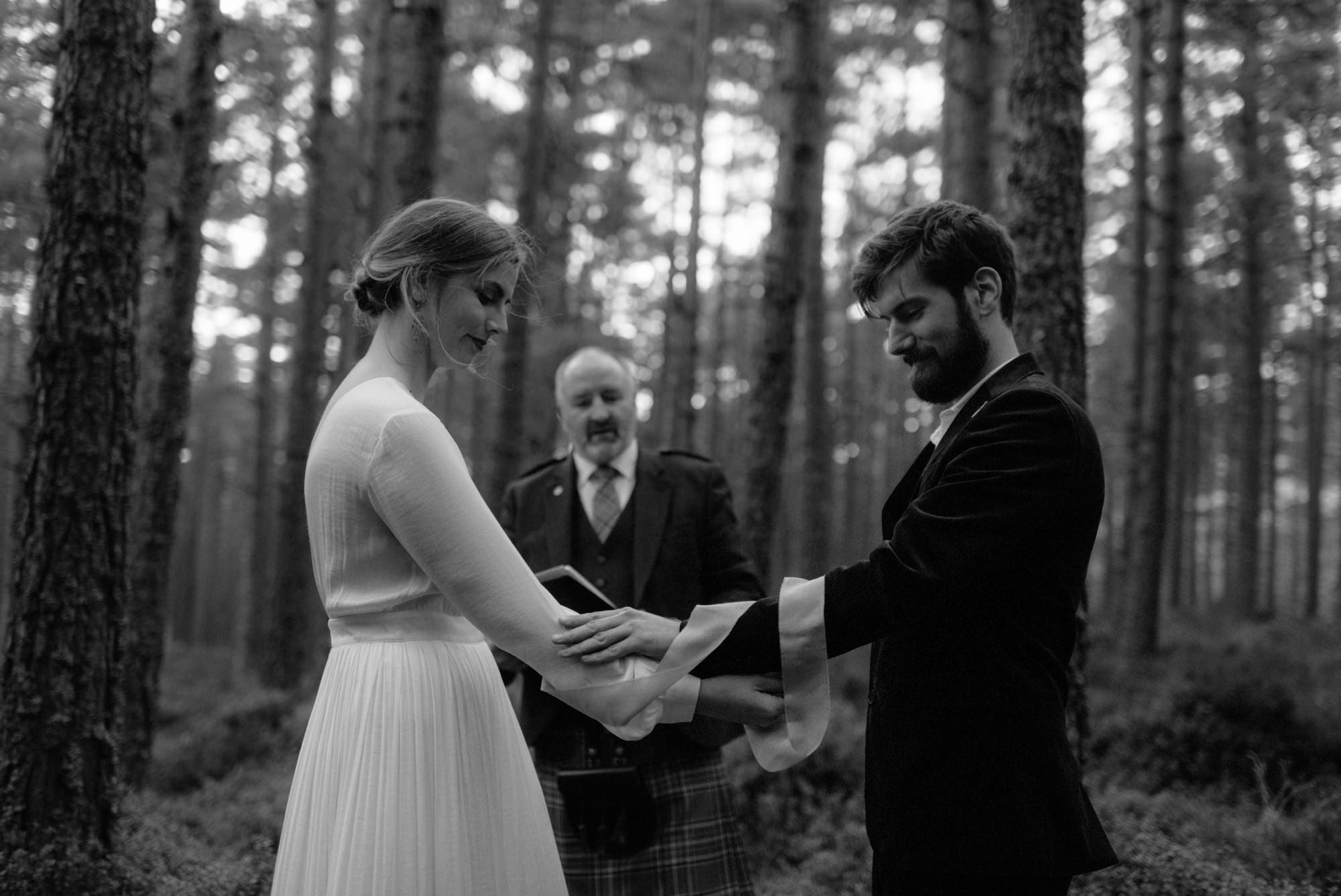 loch an eilein elopement photography 0139