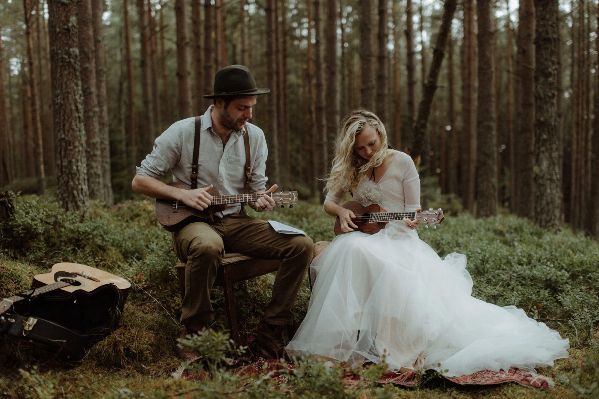 emotional wedding at inshriach house 0193